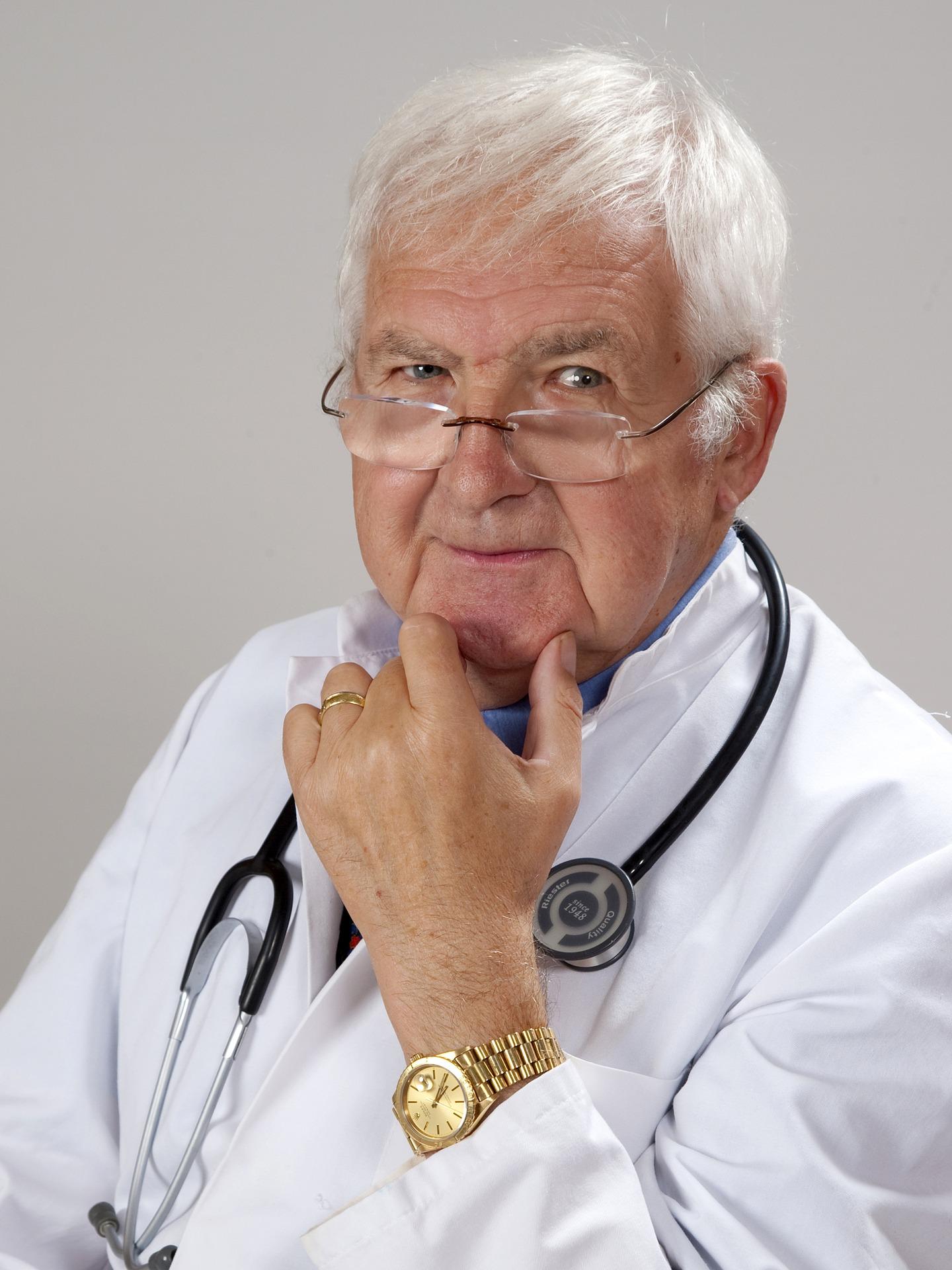 Arzt und Immobilien-Festgeld